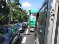 Veo- ja sõiduaotosid täis maantee